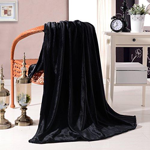 Luxury Flannel Velvet Plush Throw Blanket – 50″ x 60″ Black by Exclusivo Mezcla