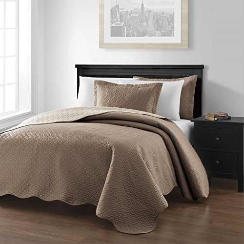 Chezmoi Collection Mesa 3-piece Oversized 100″x106″ Reversible Bedspread Coverlet Set Queen, Taupe/Ivory