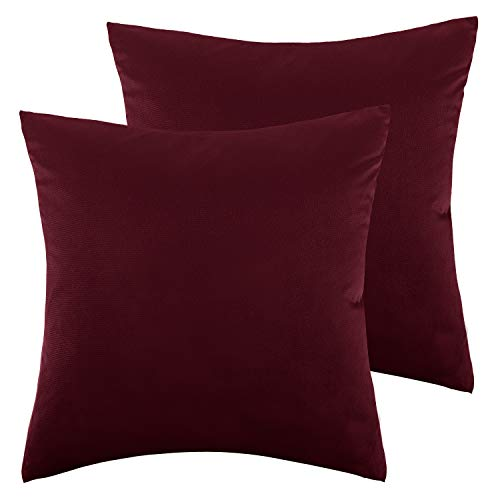 Lewondr Velvet Soft Throw Pillow Cover, 2 Pack Modern Solid Color Square Decorative Throw Pillow Case Cushion Covers for Car Sofa Bed Couch Home Christmas Decor, 18″x18″45x45cm, Burgundy