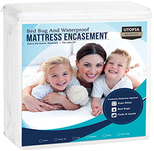 Utopia Bedding Zippered Mattress Encasement – Waterproof Mattress Protector Queen