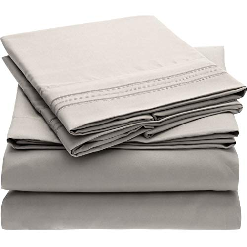 Brushed Microfiber 1800 Bedding – Hypoallergenic – Mellanni Bed Sheet Set – 4 Piece King, Light Gray – Wrinkle, Fade, Stain Resistant