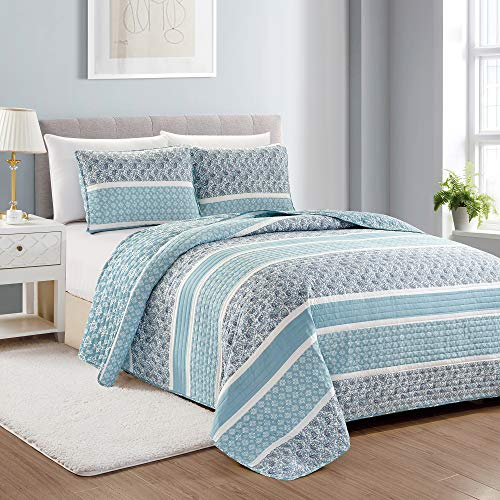 Great Bay Home Reversible Paisley Striped Bedspread. Twin Size Quilt with 1 Sham. 2-Piece Reversible All Season Quilt Set. Sky Blue Quilt Coverlet Bed Set. Kadi Collection.