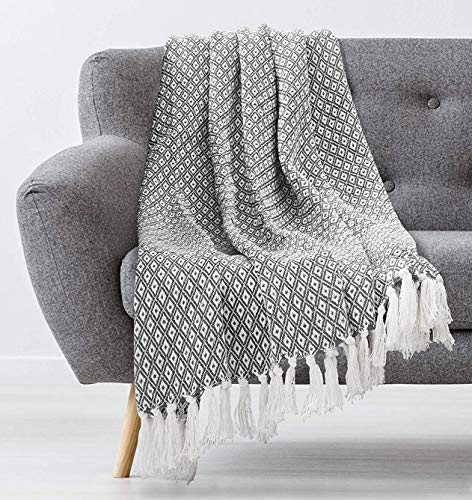 Americanflat Omala Cloud Grey and White Mini Diamond Cotton Blanket Throw with Fringe – 50×60 Inches