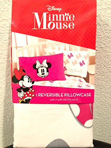 Jay Franco Disney Minnie Mouse Go with The Bow 1 Pack Pillowcase – Double-Sided Kids Super Soft Bedding Official Disney Product